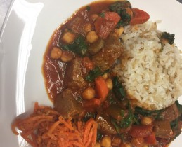 Veal_with_spinach_with_rice